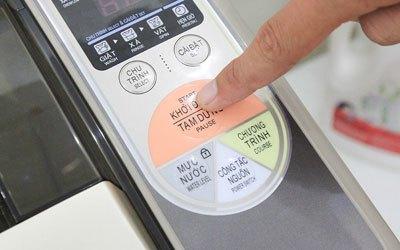 Máy giặt Aqua AQW-F800Z1T 8 kg sử dụng bền tốt
