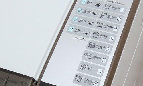 Máy giặt Aqua 9 kg AQW-S90ZT có bảng điều khiển tiếng Việt