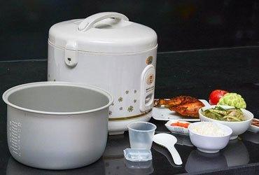 Nồi cơm điện Happy Cook HC-300 với dung tích 3 lít