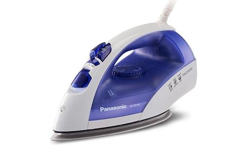 Bàn ủi hơi nước Panasonic NI-E510TDRA có đế mạ titan chống dính tốt