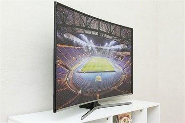 Mua tivi LED SAMSUNG UA55J6300 trả góp thủ tục đơn giản
