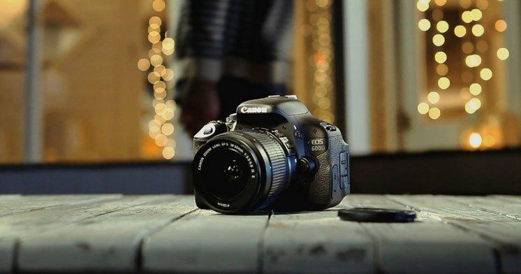 Máy ảnh Canon EOS 600D có hệ thống tự lựa chọn cảnh thông mình để tạo ra những tấm hình đẹp, thu nét tinh túy của những vật xung quanh.Mua Canon EOS 600D giá tốt nhất, hàng chính hãng, đảm bảo chất lượng tại Nguyễn Kim