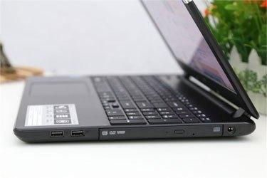 Máy tính xách tay Acer E5 571G có ổ cứng HDD 500 GB