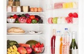 Tủ lạnh Electrolux ETB2102PE-RVN có kệ bằng kính chịu lực
