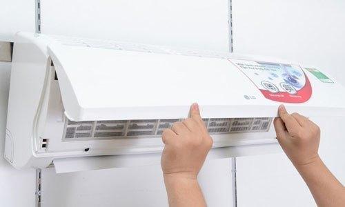 Máy lạnh LG S12ENA 1.5 HP có chức năng tự động làm sạch