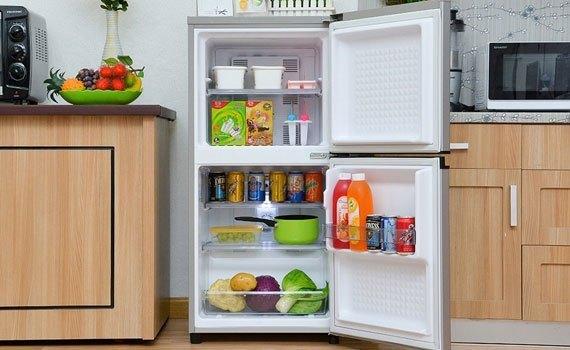 Tủ lạnh Panasonic NR-BJ151SSV1 135 lít  khử mùi, diệt khuẩn tốt