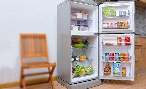 Tủ lạnh loại nào tốt? Tủ lạnh Panasonic NR-BJ176 152 lít bạc