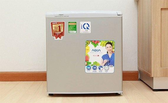 Tủ lạnh Aqua AQR-55AR (SG) thiết kế phù hợp với không gian nhỏ