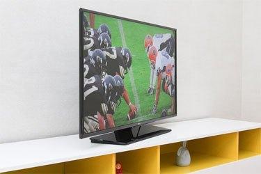 Tivi LCD LG 40LF632T kiểu dáng hiện đại, thân thiện