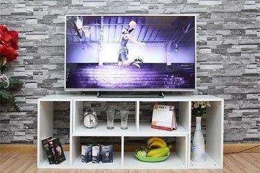 Tivi LCD Panasonic TH-40CS620V trang bị màn hình 40 inches