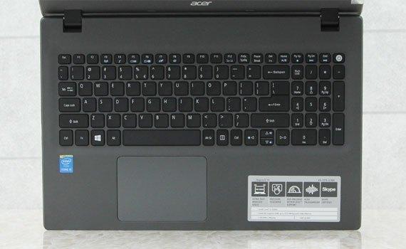 Máy tính xách tay Acer E5-574 trang bị bàn phím Full size