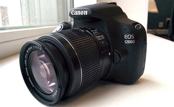 Máy ảnh Canon EOS 1200D trang bị ống kính rời 18-55mm