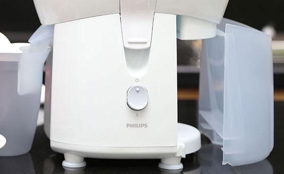 Mua máy ép trái cây ở đâu tốt? Máy ép trái cây Philips HR1823