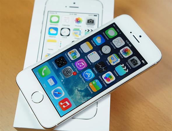 Điện thoại iPhone 5s 16GB màu bạc nâng cấp lên iOS 9