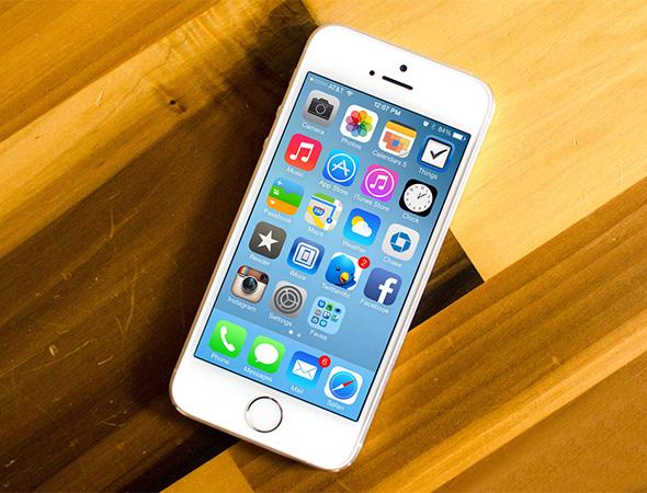 Điện thoại iPhone 5s 16GB màu bạc kết nối wifi, 3G, bluetooth nhanh chóng