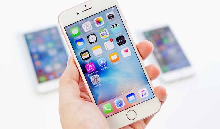 iPhone 6s với hệ điều hành iOS 9