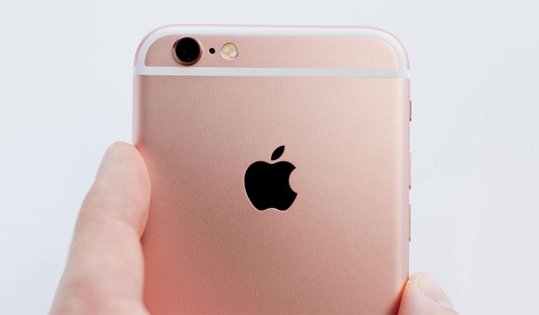 iPhone 6s màu hồng, camera trước 5 megapixels