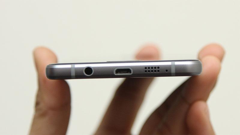 Điện thoại Samsung Galaxy A5 Black tích hợp công nghệ sạc nhanh