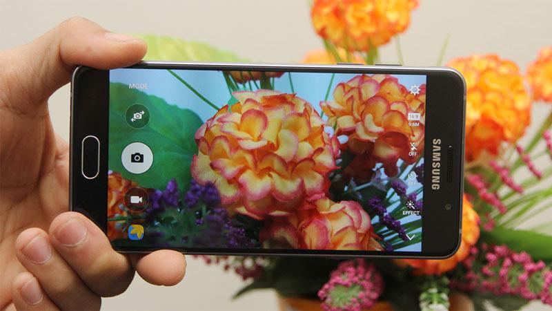 Camera 13MP chống rung OIS trên điện thoại Samsung Galaxy A5 Black