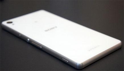 Điện thoại Sony Xperia Z3 Plus màu trắng đang giảm giá tại Nguyễn Kim
