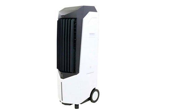 Quạt hơi nước Boss S102 thiết kế tiện lợi