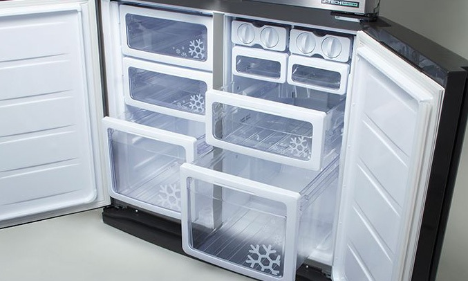 Tủ lạnh Sharp 626 lít SJ-FX631V-SL làm lạnh đồ uống nhanh chóng